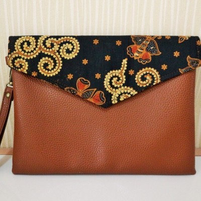 batik-envelope-clutch-tc07