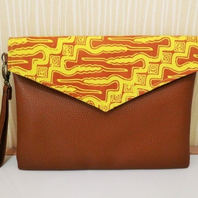 batik-envelope-clutch-tc13