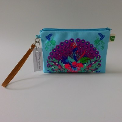 pouch-merak-jawa-biru-muda