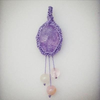 purple-macrame-necklace