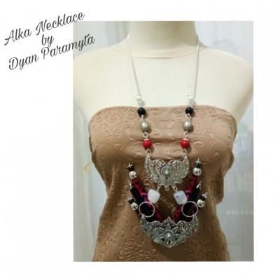 alka-necklace