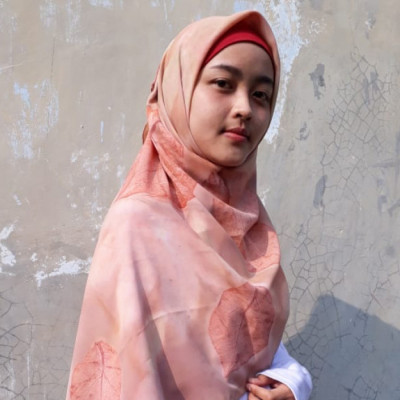 square-hijab-persea-series