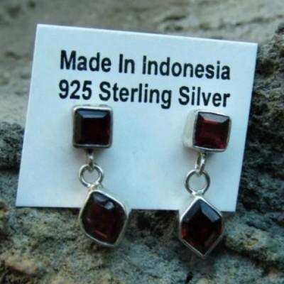 anting-perak-925-motif-simpel-batu-garnet-100435