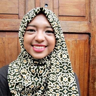 hijab-batik-awan-kembang