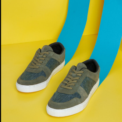 sepatu-sneakers-aglis-olive