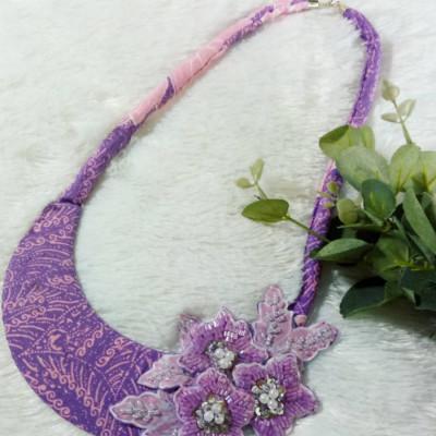 kalung-batik-payet-alisha