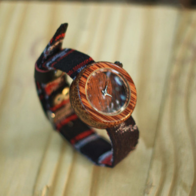 jam-tangan-kayu-kelapa