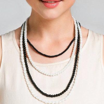alanka-necklace-monochrome-necklace