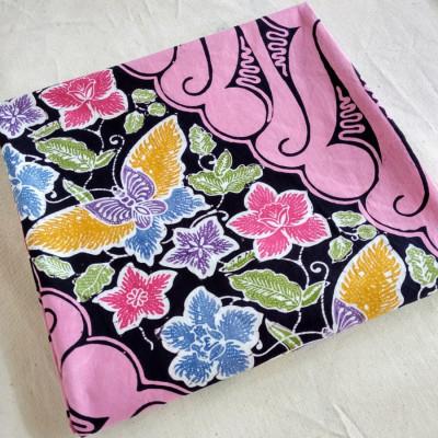 kain-batik-cap-parang-seling-kupu-pink