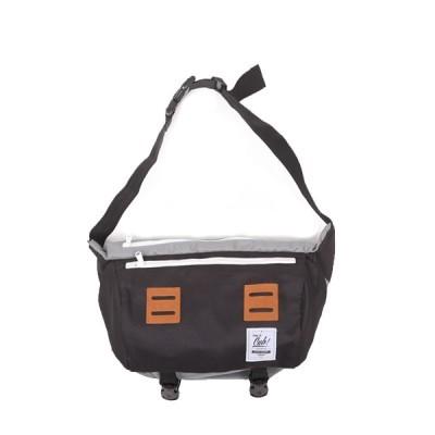 cub-traveler-messenger-bag