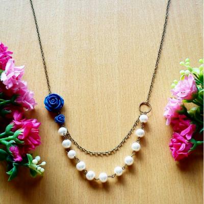 kalung-vintage-navy-rose