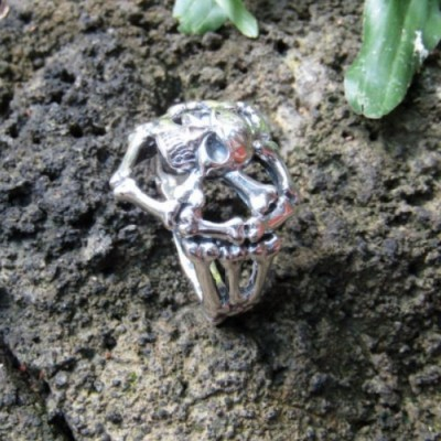 cincin-perak-motif-tengkorak-100269