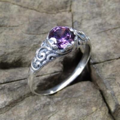 cincin-perak-motif-ukiran-bali-batu-amethyst-100355