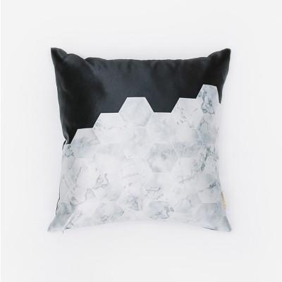 bw-hex-cushion-40-x-40