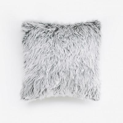 husky-fur-cushion-40-x-40