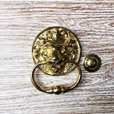 ketukan-pintu-singa-lt.550