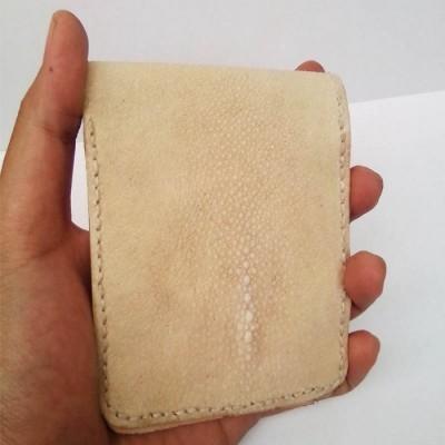 dompet-pria-kulit-asli-ikan-pari-handmade-warna-natural