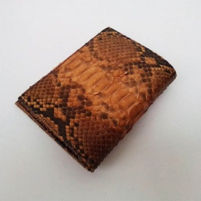 dompet-pria-kulit-asli-ular-phyton-model-tegak-warna-coklat-dompet-kulit-pria