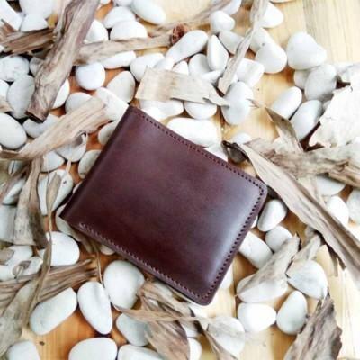 dompet-pria-kulit-asli-model-bifold-handmade-warna-coklat-tua