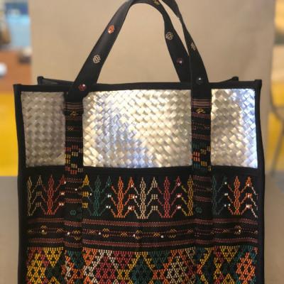 tas-daur-ulang-recycle-bag-gaya-ulos