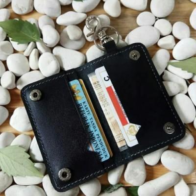 dompet-stnk-kulit-asli-model-lipat-dua-warna-hitam-gantungan-kunci-kulit