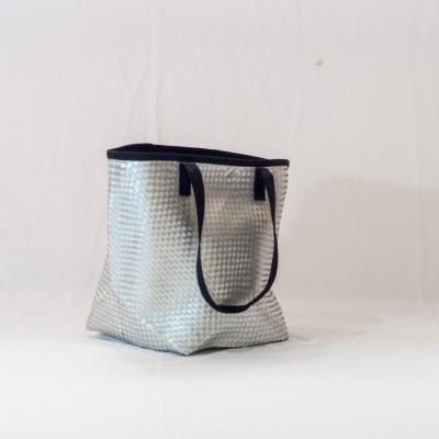 tas-daur-ulang-recycle-bag-beach-bag-silver