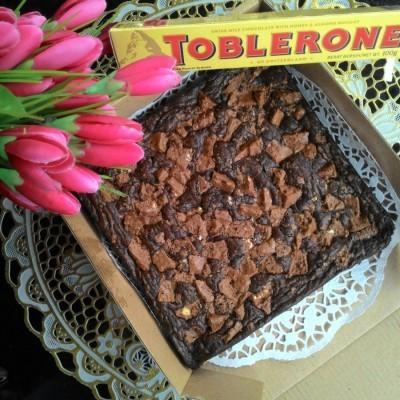 brownies-panggang-toblerone