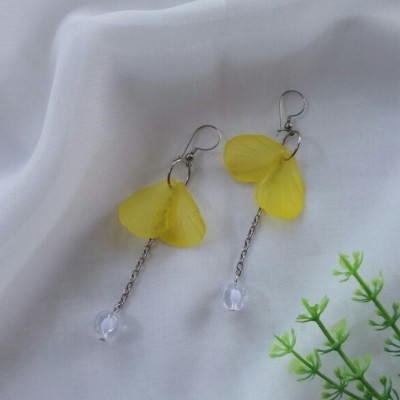 anting-pixie-kuning