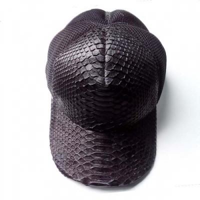 topi-kulit-asli-ular-phyton-warna-hitam-topi-kulit-pria