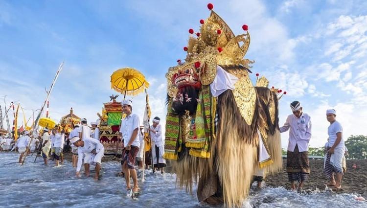 Rahajeng Rahina Nyepi Semeton Sareng Sami